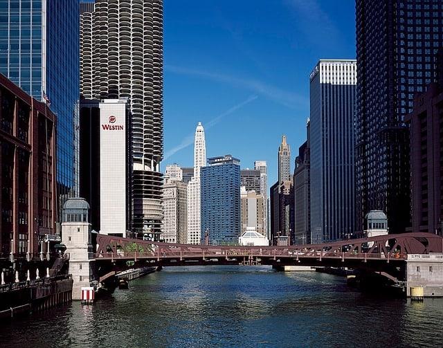 chicago-890354_640