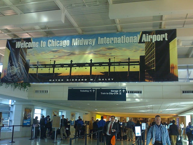 midway airport photo - Echo Limousine