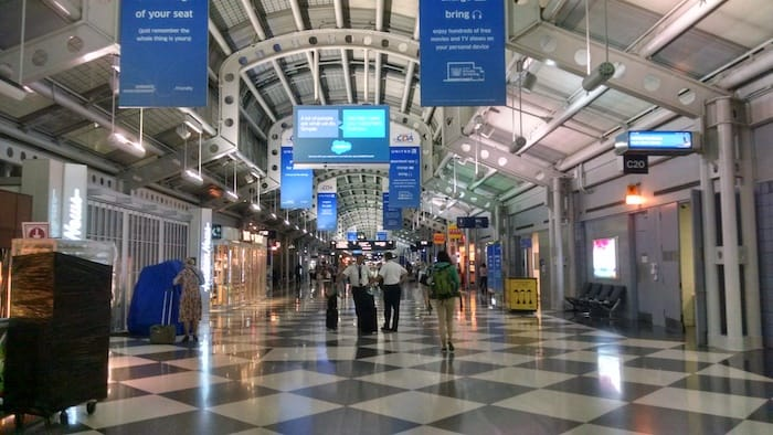 photo of o'hare airport terminal - Echo Limousine